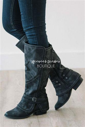 http://www.neeseesdresses.com/Black-Rider-Boots-Cute-Fall-Boots-p/t4167no.htm
