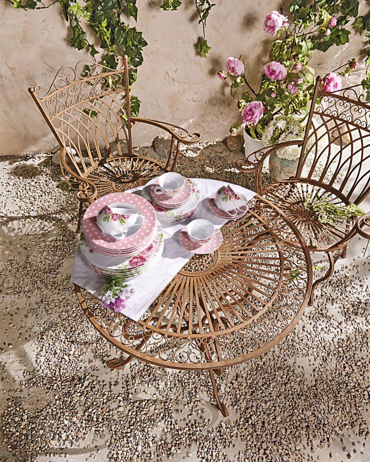 Vintage miaVILLA Solides Gartenm bel Set aus pulverbeschichtetem Eisen Der Tisch und die St hle haben passende Verzierungen
