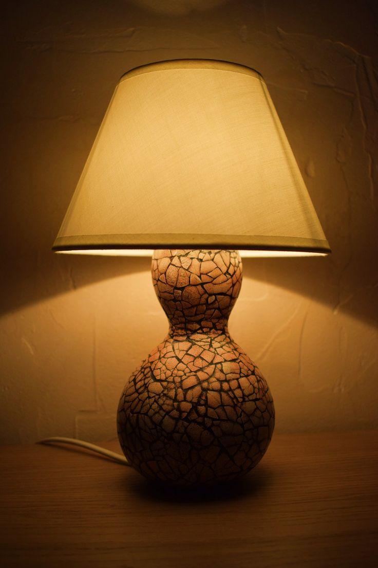 Saralai, lampe de chevet en coloquinte et mosaïque de coquille d'œuf : Luminaires par lumo34