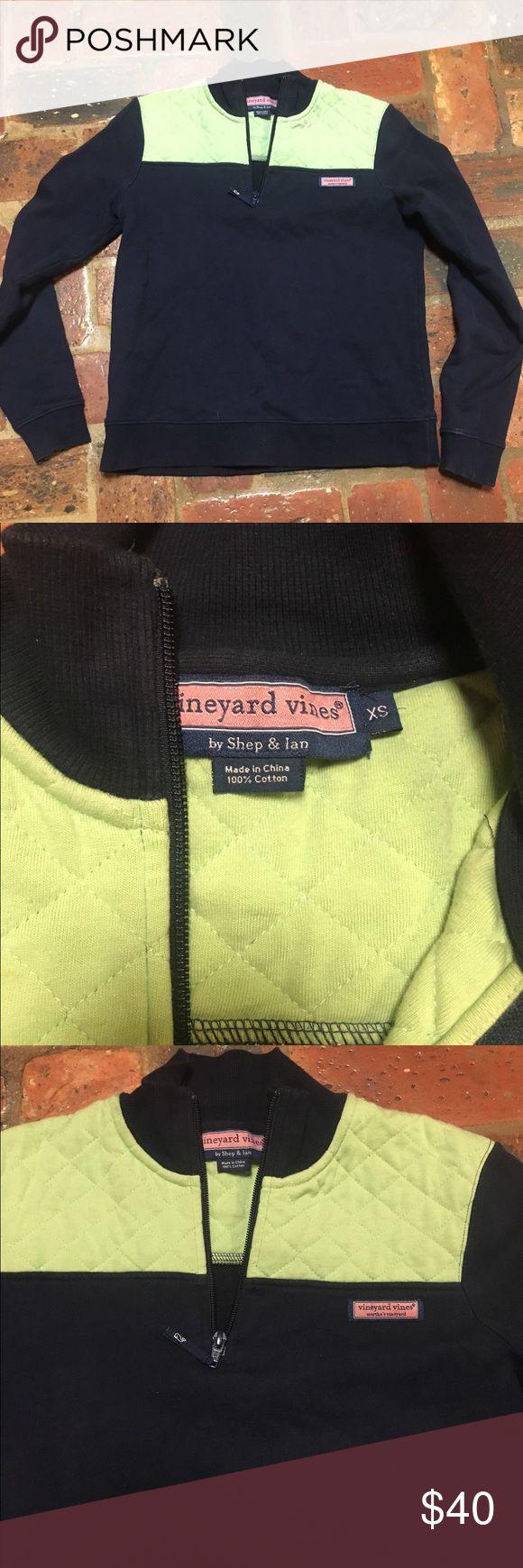 SALE!!! Vineyard Vines shep pullover Good used condition Vineyard Vines Sweaters