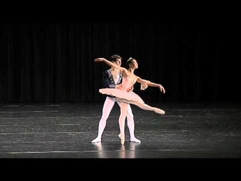 Nutcracker Grand Pas De Deux - Jennifer Wang(14) & Julian Lacey(16) - YouTube
