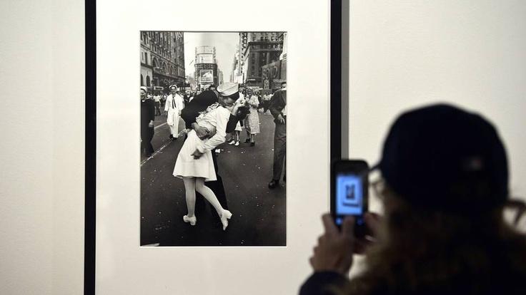 Exposição exibe fotos que marcaram a história da revista 'Life'