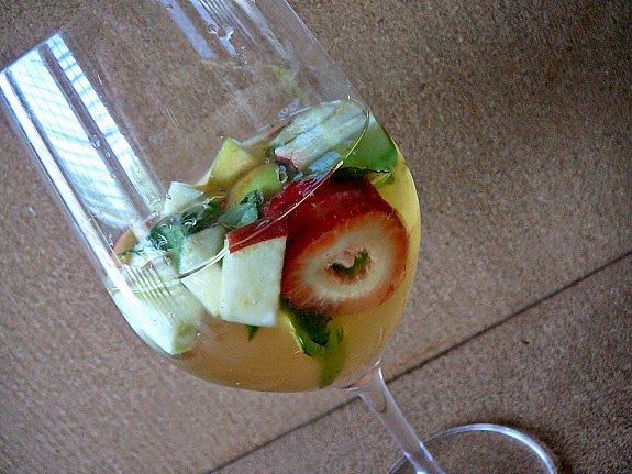 Mostly Food and Crafts: Celebrate the 4th of July with CK Mondavi Wines and Strawberry Basil Sangria