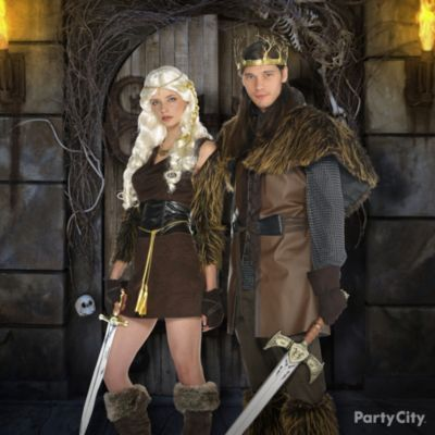 medieval fantasy tv characters rule the top costume this halloween click for more trends - Tv Characters Halloween Costumes