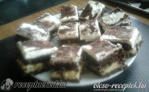Kakaós-kókuszos bögrés szelet vaníliakrémmel recept fotóval