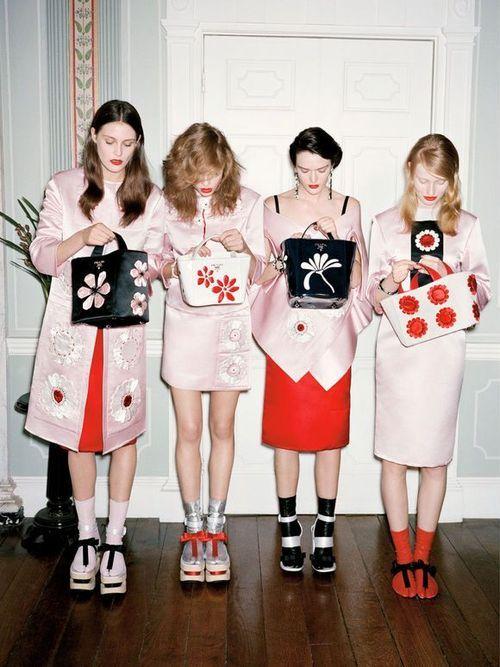 prada girlies!  - Mode prêt à porter - Haute couture - Prada