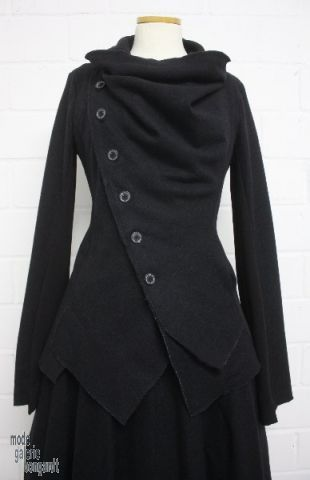 "www.modegalerie-bongardt.de - rundholz mode, rundholz black label, Rundholz DIP Rundholz black label winter 2014 asym. jacket ""alpaca-wool-m...                                                                                                                                                                                 Mehr"