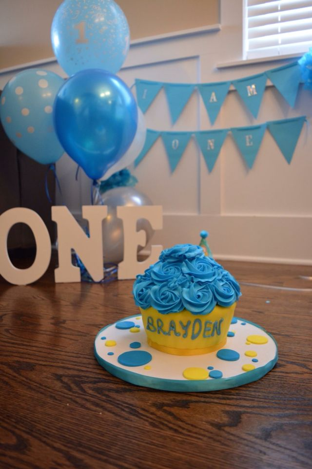 43 best minions images on Pinterest Birthday party ideas