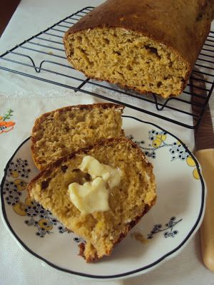 Banana Oat Bread (Merle Parrish-from-the-CWA recipe)