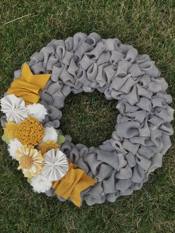 Burlap bubble wreath....18 inch.....Grey, Mustard, and Ivory