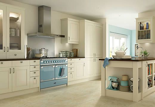 Someday, my kitchen will look as clean and uncluttered as this one ...