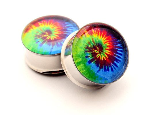 I must have these!!  Tie Dye Picture Plugs STYLE 1 gauges - 00g, 1/2, 9/16, 5/8, 3/4, 7/8, 1 inch. $19.99, via Etsy.