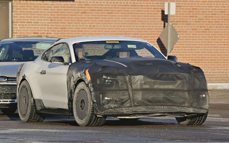 2016 Ford Mustang Shelby GT500 Concept Spy Photos - http://www.carspoints.com/wp-content/uploads/2014/04/2016-Ford-Mustang-Shelby-GT500-Spy-Shots-1280x800.jpg