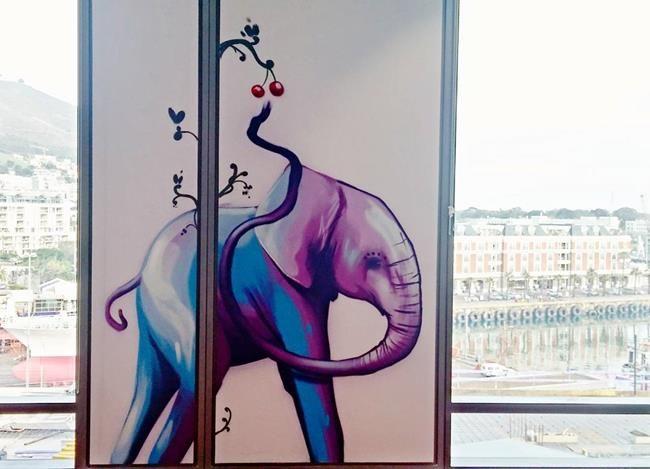 Afrika'daki Duvarları Fil Resimleriyle Süsleyen Sokak Sanatçısı ile Tanışın: 'Falko Fantastic' Sanatlı Bi Blog 34