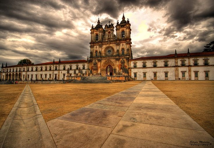 Monastery of Alcobaça. Alcobaça in Portugal.39°33′0″N 8°58′36″W. 12th to 18th centuries. 505. World Heritage Site since 1989. The Monastery of Santa Maria d'Alcobaça, north of Lisbon, was founded in the 12th century by King Alfonso I. Its size, the purity of its architectural style, the beauty of the materials and the care with which it was built make this a masterpiece of Cistercian Gothic art.