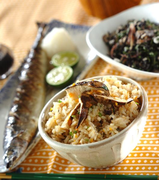 「おいしい松茸ご飯」の献立・レシピ - 【E・レシピ】料理のプロが作る簡単レシピ/2013.09.08公開の献立です。
