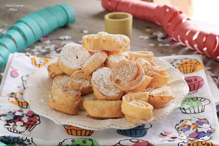 Tagliatelle dolci fritte | CuciniAmo con Chicca