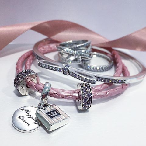 Do glitz and glamour define your personality? Express yourself with PANDORA Jewellery by mixing sterling silver, pavé, and pops of pink. #PANDORA #PANDORACharm #PANDORABracelet #PANDORAjewelry #PANDORASTC #TheLookOfYou #PANDORASTC #STC #ScarboroughOntario @shopSTC