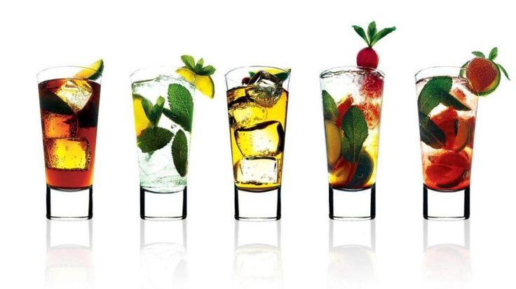 As diversas receitas de drinks com vodka, são ideais para melhorar o gosto da bebida, e também a deixa mais suave.