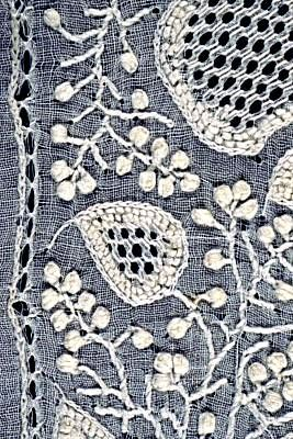 Indian embroidery-Chikankari of Uttar Pradesh