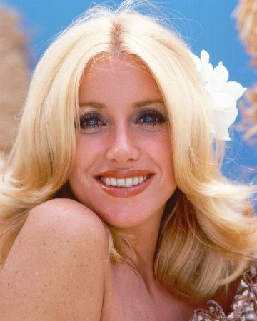 """Suzanne Somers """"Three's Company"""" Chrissy Snow"""