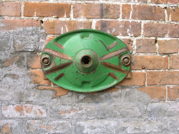 Green Oval Blade, Farm Machinery Parts, Industrial Lamp Base, Rustic Wall Art Hanging, Sculpture Base, Art Supply, Industrial Salvage
