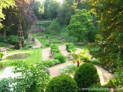 repinned - Plantation Garden, Norwich < best visited just before sunrise, good times