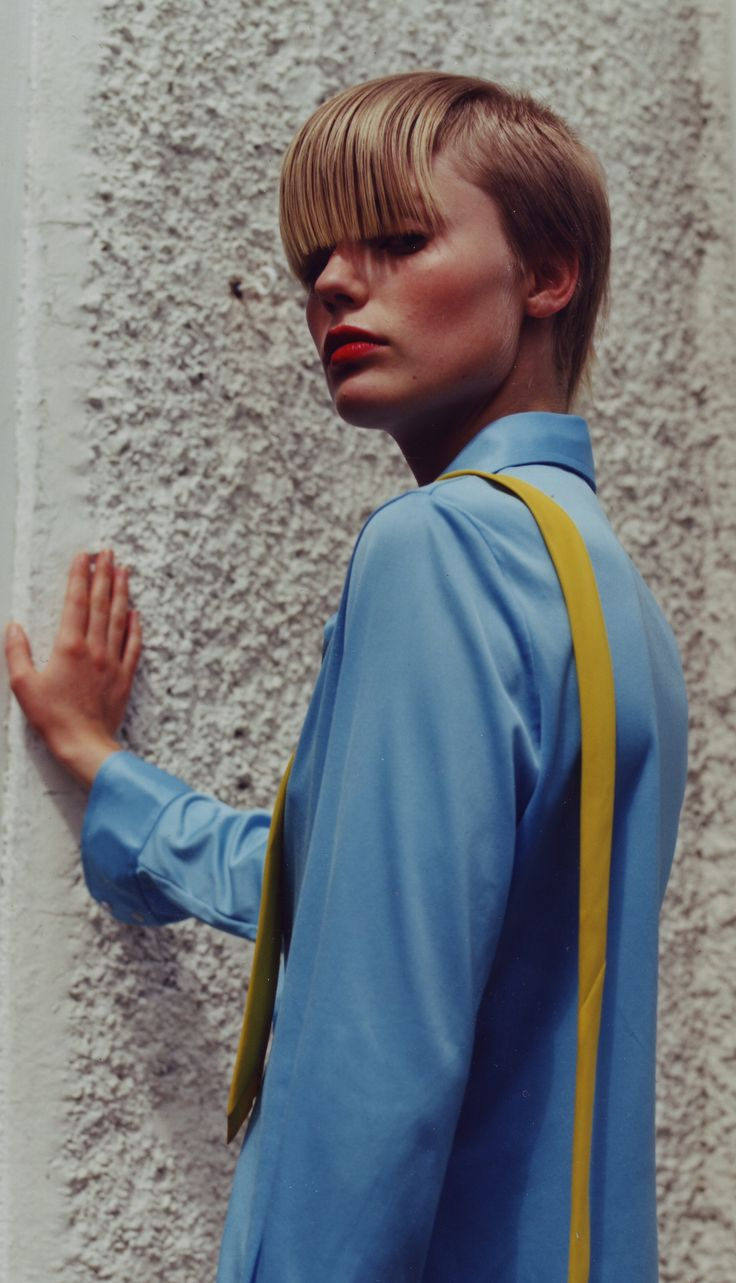 #haircut #creativehaircuts #haireducation  #hairbrained #hairmagazine #salon #saloneducation #haircolor #hairstyling #barbering #hair #menshair #hairdresser #hairstylist #gseducation #sassoon #model #blue #yellow #blonde #fringe #wall #white #photography