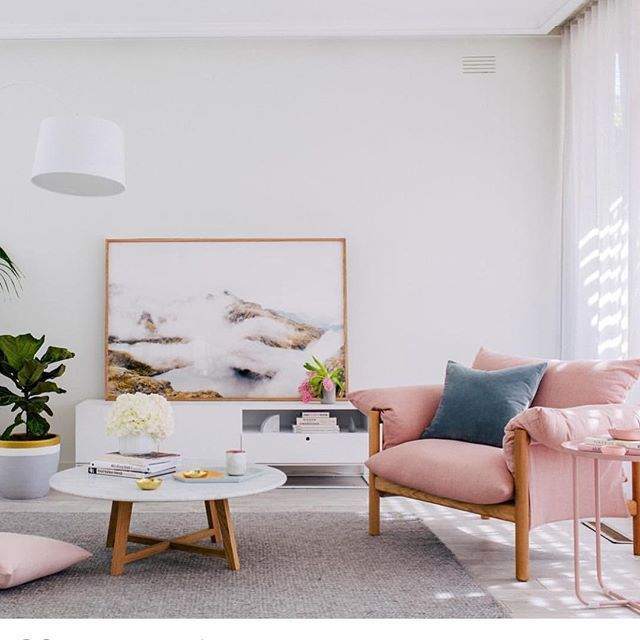 Pink and white make a gorgeous, light-filled room.