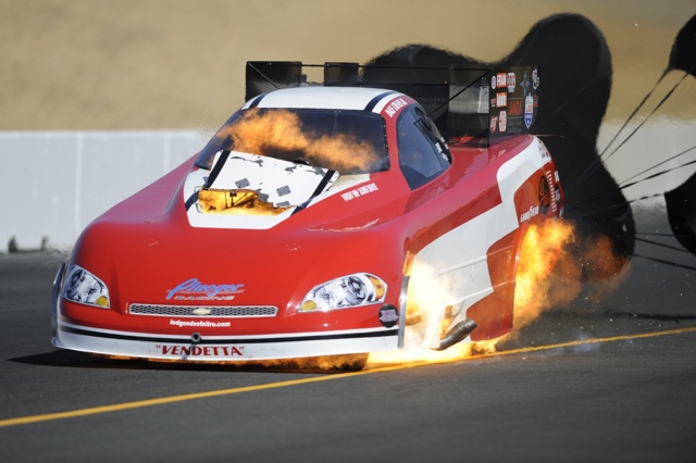 Dale Creasy Jr. has a huge engine explosion in Steve Pleuger's Funny Car at Sonoma California, July 2012 Someone is getting hot in the #Drag Car i bet