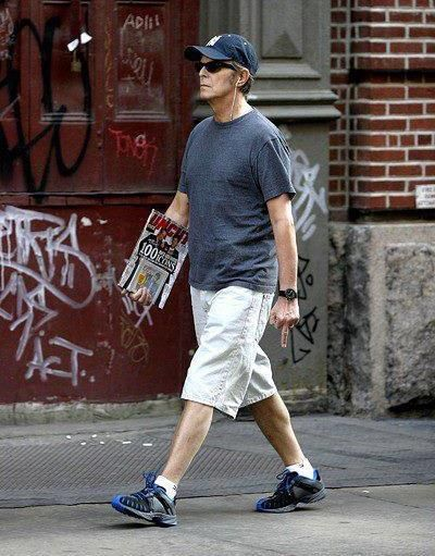 David Bowie--I love how discreet he is about flipping the paparazzi off, lmao!