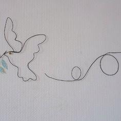 Décoration murale, la colombe de la paix en fil de fer