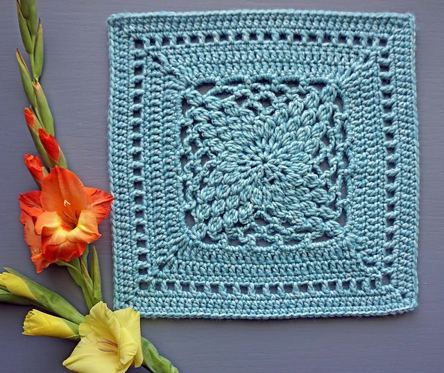 1000 ideas about crochet squares afghan on pinterest