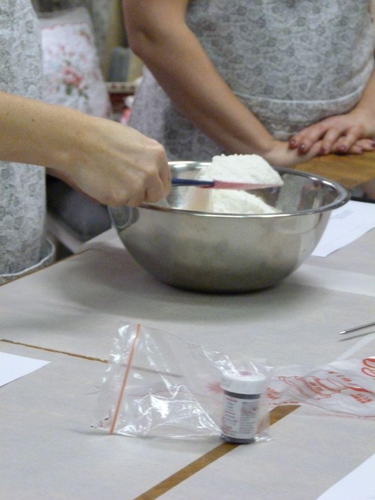 Konyhatündér workshop - Valentin napi sütemények