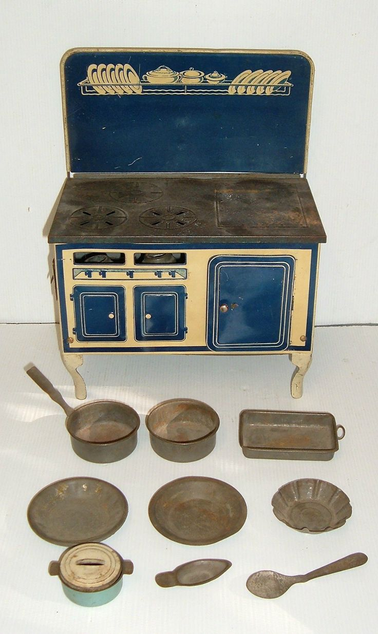 Vintage Large English Made Dolls Toy Stove & Accessories