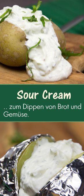 Durch den Quark ist die Sour Cream frisch und leicht. Der Schmand macht die Sour Cream in diesem Rezept noch viel cremiger.