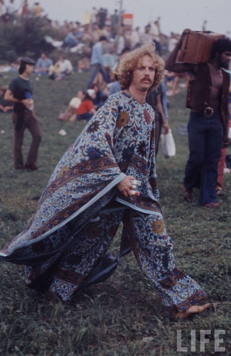 Há 47 anos, o mês de agosto era marcado por um grande acontecimento:a Exposição Aquariana — Três dias de Paz & Música. Anos depois o evento ficaria conhecido como Festival de Woodstock, no qual tocaram bandas e artistas como The Who, Janis Joplin e Jimi Hendrix.