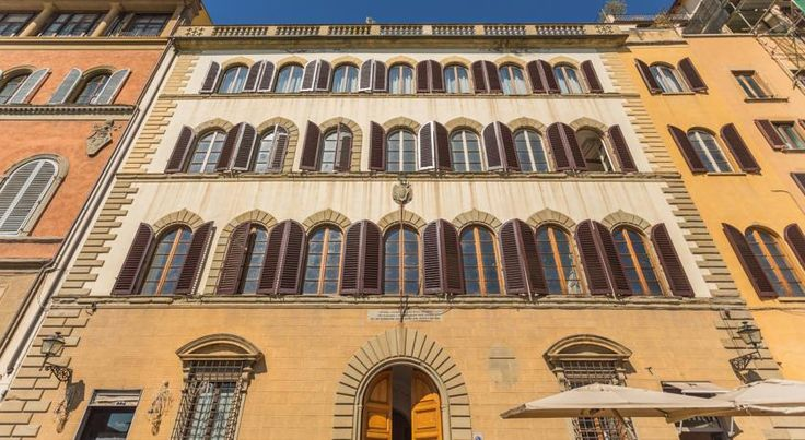 泊ってみたいホテル・HOTEL|イタリア>フィレンツェ>歴史的な建物を利用したホテル>パラッツォ アルフィエーリ レジデンツァ デポカ(Palazzo Alfieri Residenza D'Epoca) http://keymac.blogspot.com/2014/11/hotel-palazzo-alfieri-residenza-depoca.html?spref=tw