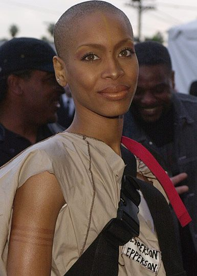 bald head for women | ... Black Women Shave Their Heads to Regrow Hair ...