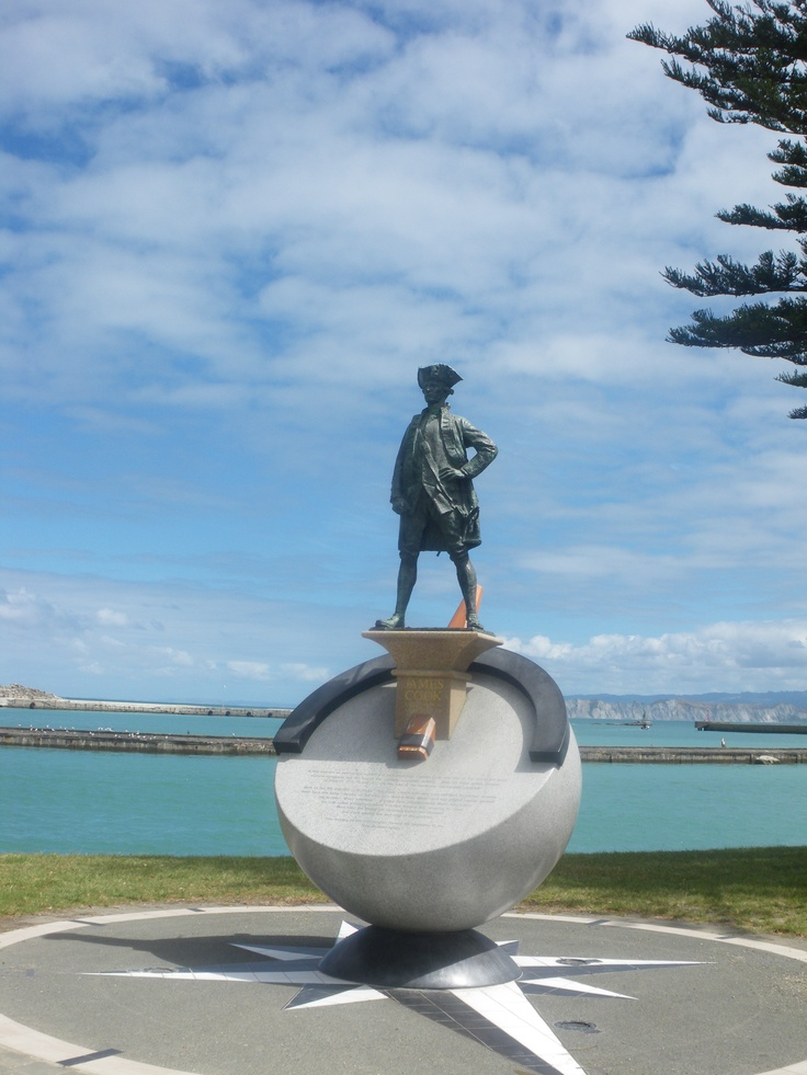 Captain Cook statue, Gisborne, New Zealand