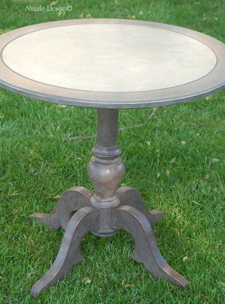 Pretty Parlor Table @ALittleBitO'Shizzle