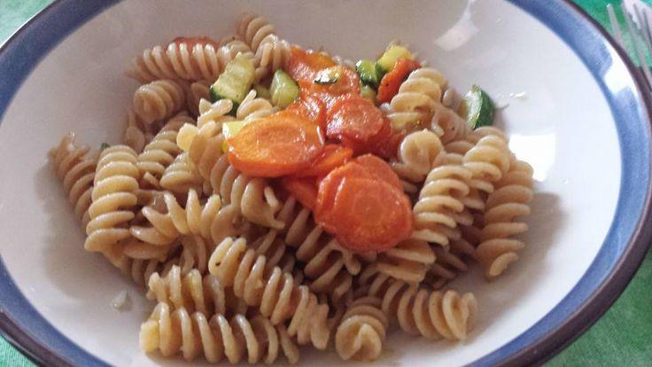 wholegrain fusilli with sautéed vegetables