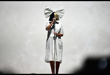 Billboard 200 Chart Moves: Sia Rises, Christmas Albums Begin to Arrive, David Bowie's 'Lazarus' Debuts