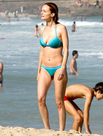 Heather Graham Bikini Bodies