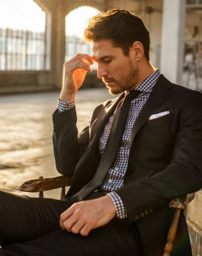 http://chicerman.com  gentlemenscholarsclub:  Fall/Winter Style: Black Gingham with a Charcoal Suit  As we start to think about fall and winter styles Ive been waiting to try this look inspired by last yearsProper Cloth items namely what I see in the photo as a black-and-white gingham shirt with a charcoal tie under a charcoal suit (I think the shirt is supposed to be navy in reality). I picked up a black gingham for $45 courtesy of Ledburys summer sale at the end of July so Im going to…