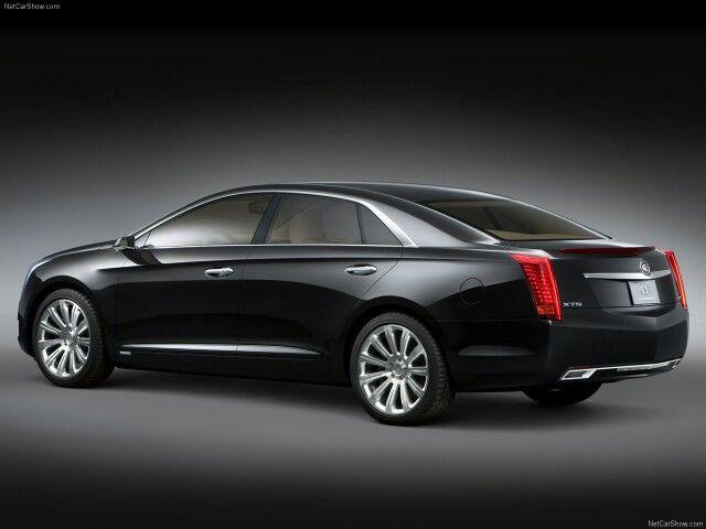 Cadillac XTS Platinum 2010