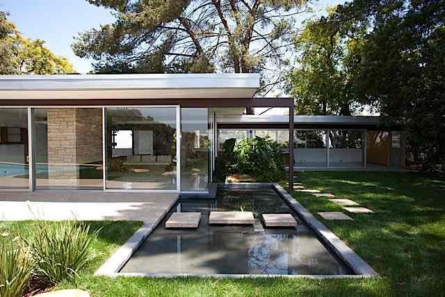 Architect Visit: Neutra House Restoration by Tim Campbell : Remodelista