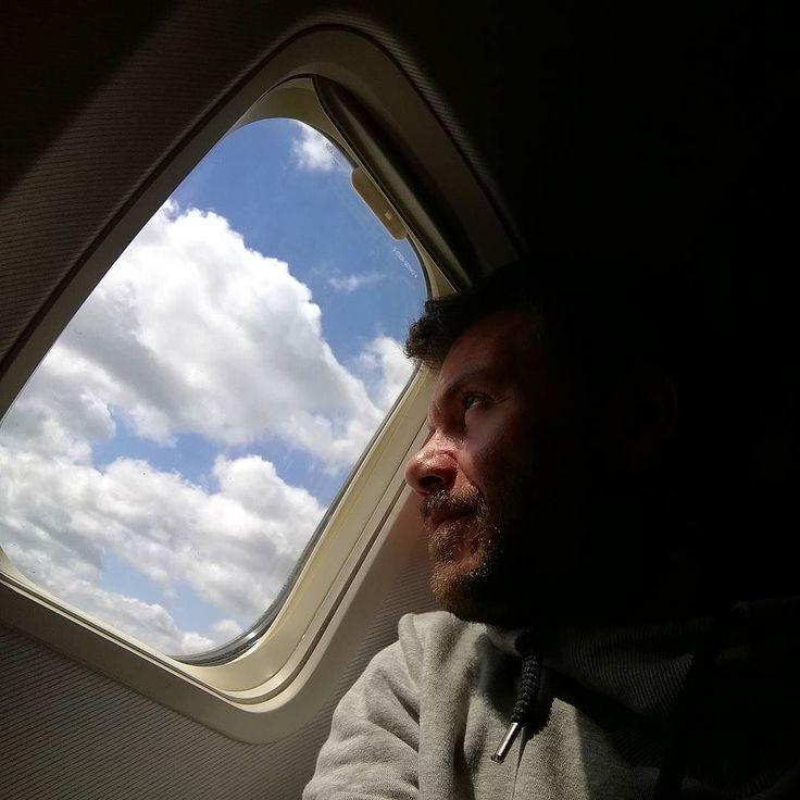 7η πτηση σε 3 εβδομαδες!  #happytraveller #goingbackhome #travel #fly #airplane #vlog #travelvlog #traveller  Καλο ΣΚ!!! Και σημερα στις 7 happy traveller στη Σεουλ στον #skaitv