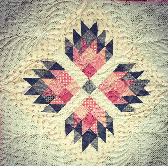 Double Bear Paw By Material Girlfriends Patternsdirect Com Materialgirlfriends Com Bear Paw Quilt Book Quilt Bear Paws