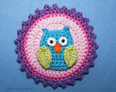 Owl pattern @Katie Bales Im sure you mom could make some of these for you!